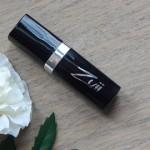 Geswatcht: Flora Lipstick Primrose von Zuii Organic