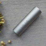 Geswatcht: Tinted Lip Conditioner Crimson & Clover von ILIA Beauty