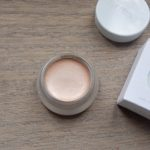 Geswatcht: Drei Highlighter von RMS Beauty